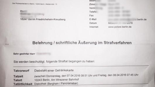 Noch ein begehrtes Stück Papier: Dieses Schreiben bekam der Mann von der Polizei