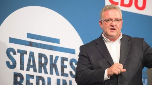 Der Innensenator Berlins und Spitzenkandidat der Berliner CDU für die Berliner Abgeordnetenhauswahl auf dem Parteitag