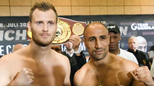 Offizielles Wiegen vor der WBO-Kampf im Supermittelgewicht International: Die Boxer Tim-Robin Lihaug (l.) und Arthur Abraham