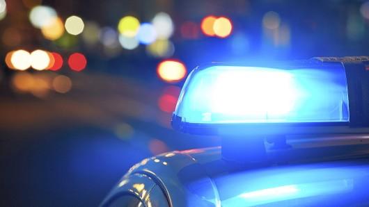 Ein mutmaßlicher Autoknacker ist im Märkischen Viertel in Berlin festgenommen worden.