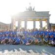 Mehr als 70 Kandidatinnen sind noch im Rennen, die erste deutsche Astronautin zu werden. Am Mittwoch zeigten sie sich vor dem Brandenburger Tor