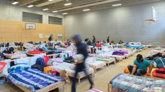 Notunterkunft für Flüchtlinge in einer Turnhalle