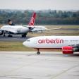 Flugzeuge der Fluggesellschaften Air Berlin, Lufthansa und Turkish Airlines