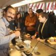 Ganz schön abgebrüht: Im neuen Café Kranzler sieht so mancher Barista aus wie ein Neuköllner Hipster