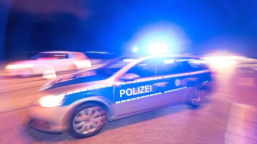 Eine Polizistin wurde bei dem Einsatz leicht verletzt