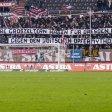 Stein des Anstoßes: Ein geschmackloses Banner in der St. Pauli-Fankurve