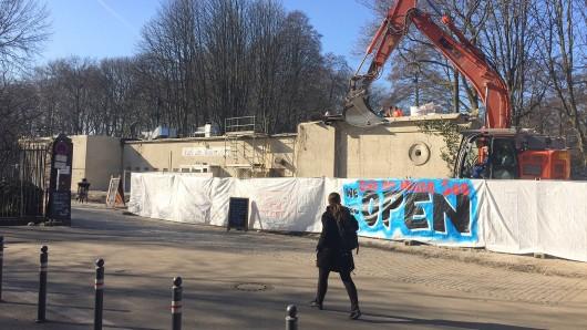 """Noch sind die Bauarbeiten am """"Café am Neuen See"""" in vollem Gange. In zwei bis drei Wochen soll der Umbau abgeschlossen sein"""