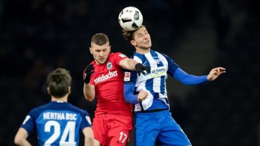 Hertha besiegte Frankfurt mit 2:0
