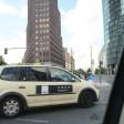 """Auch """"normale"""" Taxiunternehmen kooperieren mit Uber, rund 1000 Fahrzeuge sind über die App buchbar"""