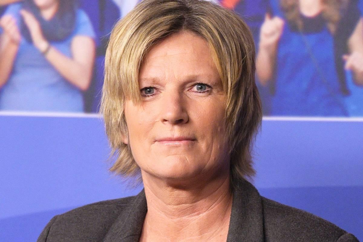Claudia Neumann Hass Gegen Zdf Kommentatorin Berliner