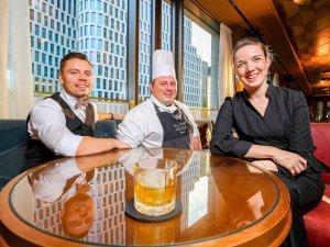 Das Team: Head Bartender Willi Bittorf, Executive Souschef Christoph Pentzlin und Supervisor Hanna Richter (v.l.).