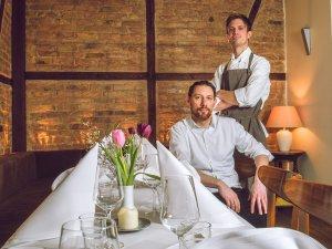 Das Team: Küchenchef Markus Schär (r.) und der stellvertretende Restaurantleiter Alessandro Bonaldo.