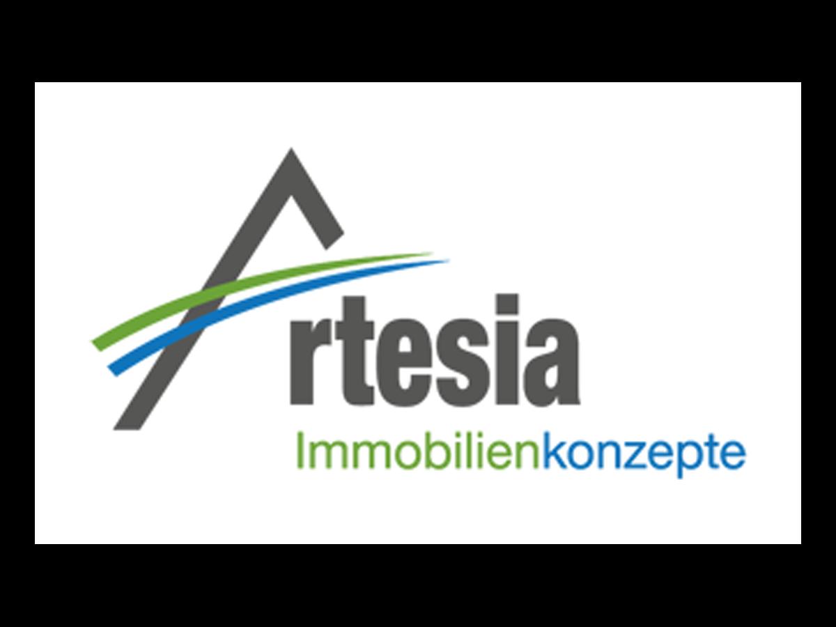 Christian Schlag ist mit seinem Team von Artesia Immobilien seit Jahrzehnten der Experte für Zehlendorf. Warum der Weg zum Immobilientraum mit ihm ein Heimspiel ist, erklärt er im Interview