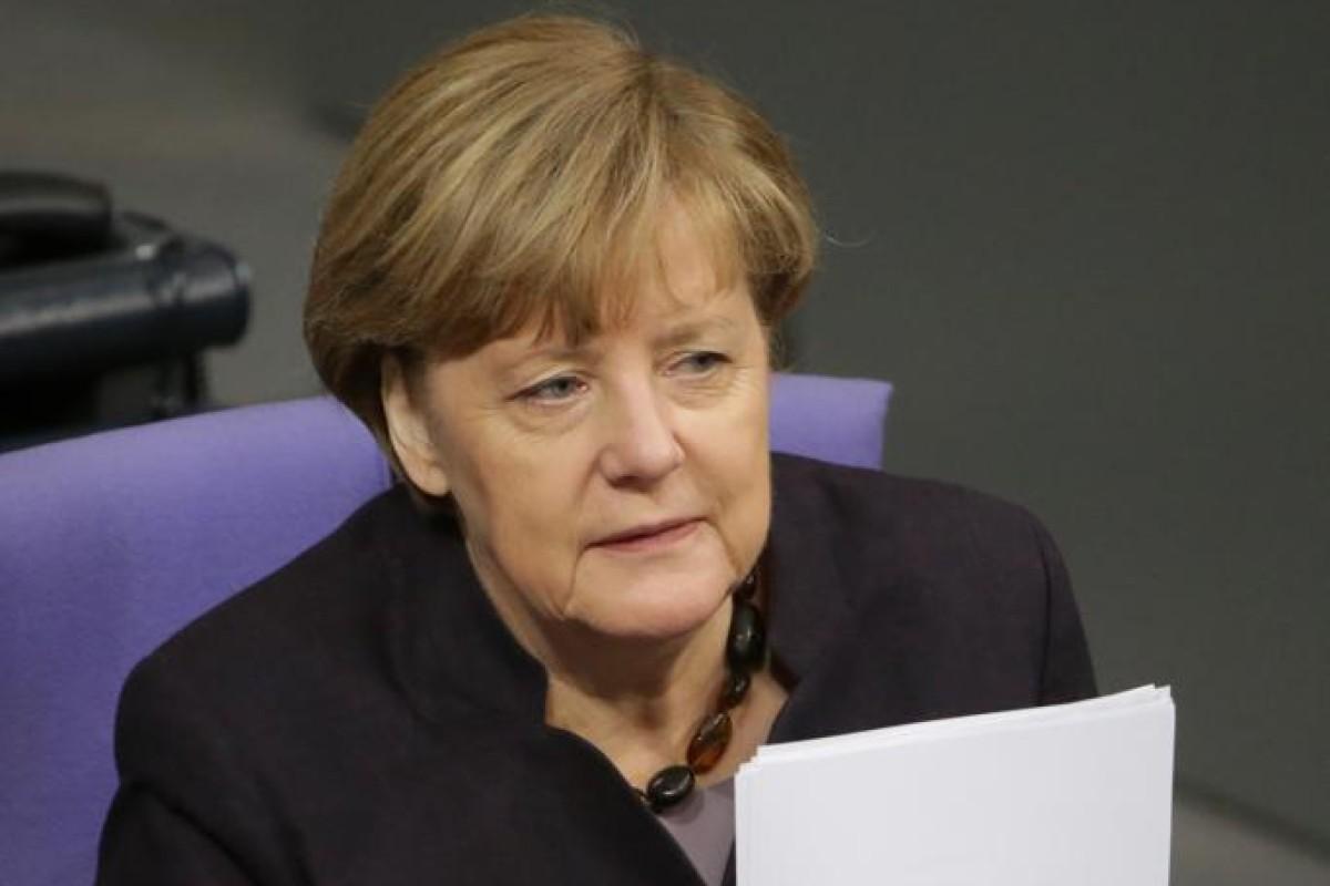 Generaldebatte Mit Merkel Streit Um Flüchtlingspolitik