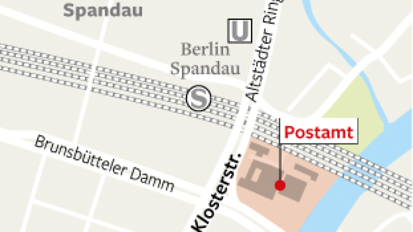 neuer investor will post ruine in spandau abrei en spandau berliner morgenpost. Black Bedroom Furniture Sets. Home Design Ideas