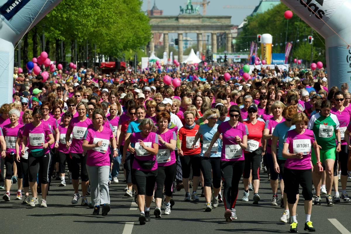 Tausende Sportlerinnen Laufen Am Sonnabend Durch Berlin Berlin