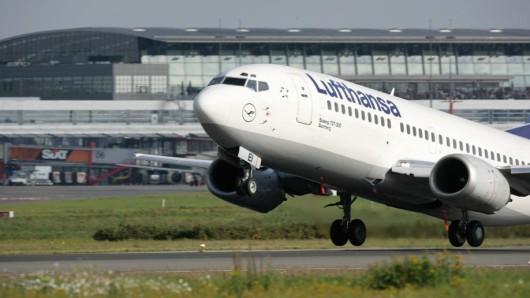 Eine Lufthansa-Maschine des Typs Boeing 737