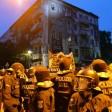 Polizeiaufmarsch am 9. Juli vor dem Haus Rigaer Straße 94, um das es seit Wochen Auseinandersetzungen mit der linken Szene gibt