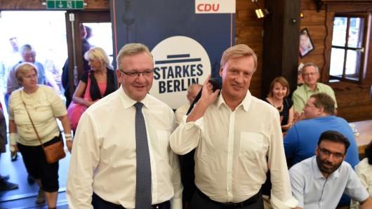 Frank Henkel (l.) und Ole von Beust
