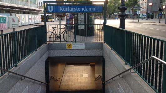 Die U-Bahnstation Kurfürstendamm am Mittwochmorgen