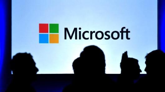 Wegen der Anonymität des Internets trauen sich viele Menschen, Dinge zu schreiben, die sie nie sagen würden. Microsoft will Hasskommentare nun mit einem Meldeformular bekämpfen.