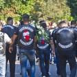 Kutten überall - Zahlreiche Rocker kamen zur Beisetzung nach Lichtenberg