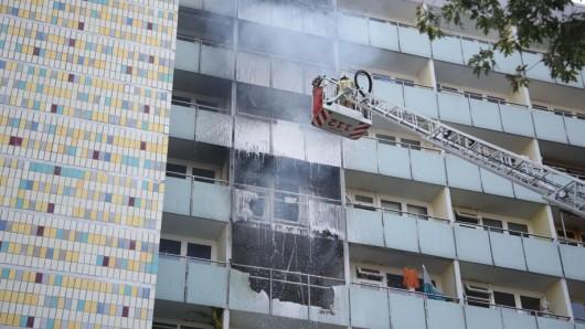 In Lichtenberg kam es zu einem Wohnhausbrand. Ein Mann wurde tot aufgefunden