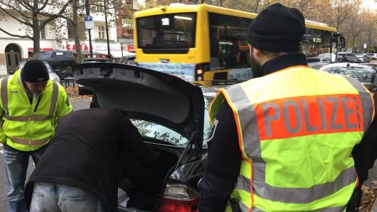 Am Kurfürstendamm fanden am Dienstagnachmittag wieder Fahrzeugkontrollen statt