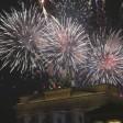 Frohes neues Jahr! Feuerwerk über dem Brandenburger Tor