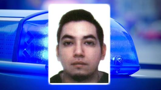 Ein Unbekannter hatte den 26 Jahre alten Spanier Alejandro G.,  in der Nacht des 7. November 2015 am Oranienplatz tödlich verletzt