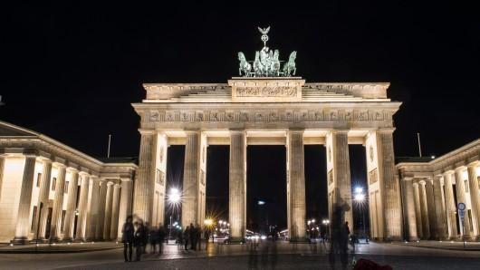 Nach dem Terror-Anschlag in St. Petersburg wurde das Brandenburger Tor nicht in russischen Landesfarben angestrahlt