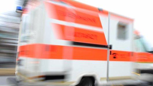 Ein Rettungswagen während eines Einsatzes.