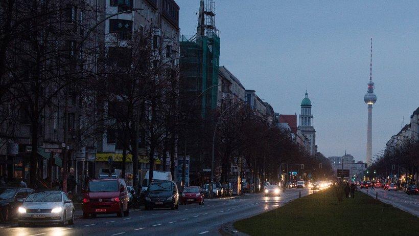 stromausfall in friedrichshain 3300 haushalte betroffen berlin aktuelle nachrichten. Black Bedroom Furniture Sets. Home Design Ideas