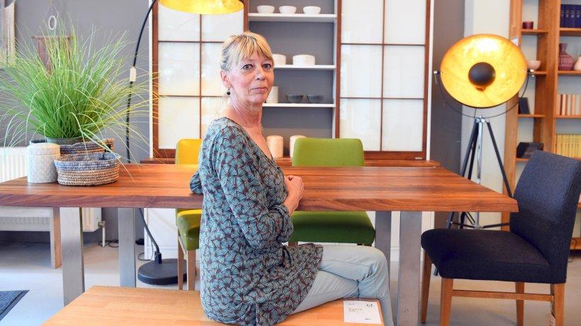 wo m bel nach ma gefertigt werden berliner perlen berliner morgenpost. Black Bedroom Furniture Sets. Home Design Ideas