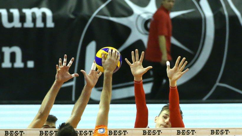 Volleyball: Volleys-Trainer Cedric Enard vermisst den Kampf