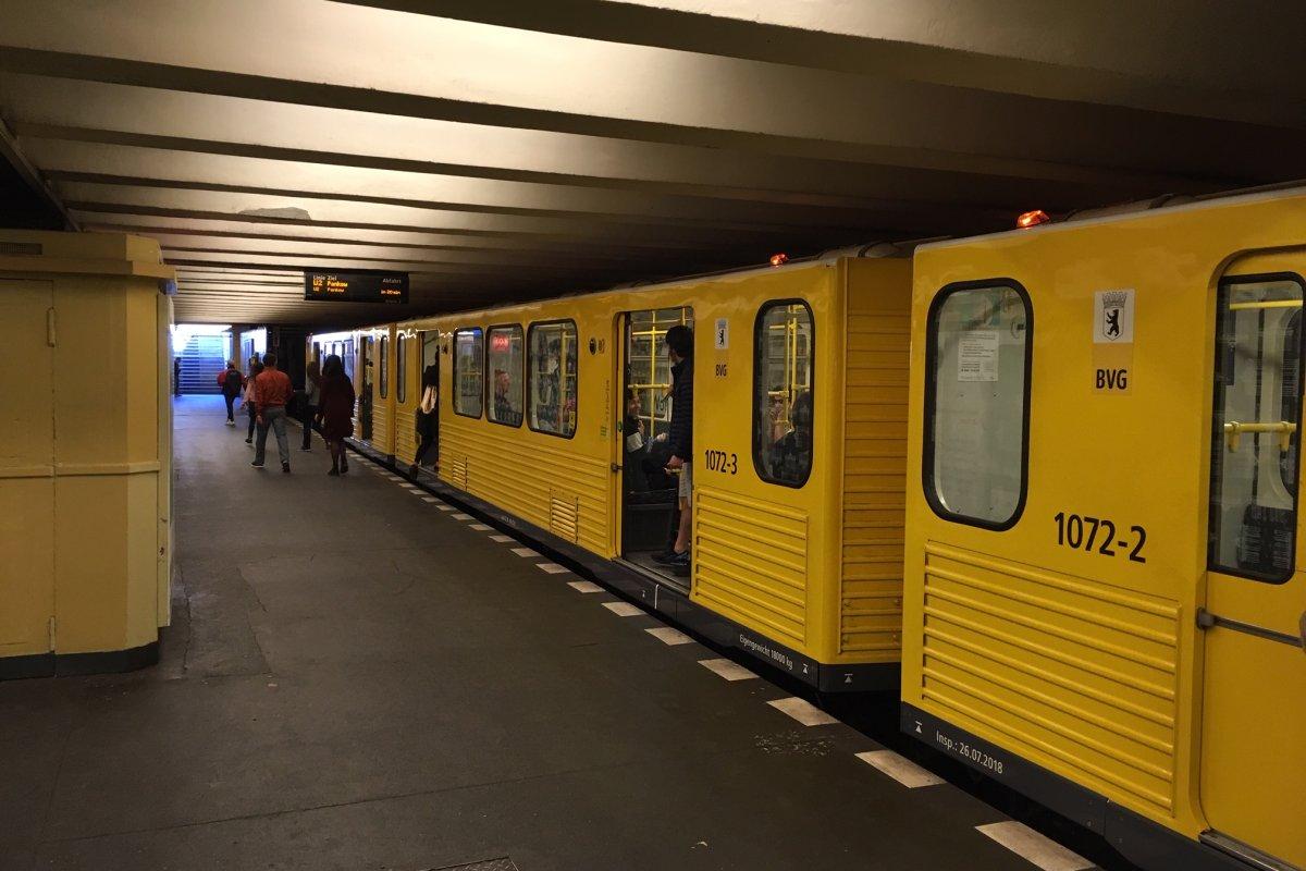 U-Bahnlinie U2 in Berlin: Schäden am Tunnel, Züge fahren im Schritttempo