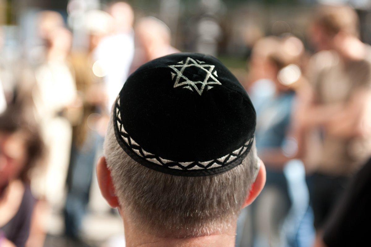 Blaulicht-Blog: Mann mit Kippa antisemitisch beleidigt