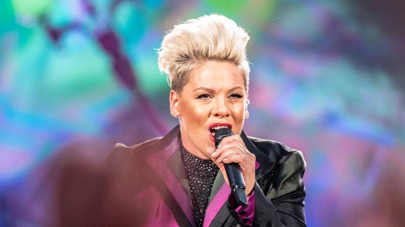 Pink Konzert in Beriln: Höhenflug der Weltklasse - aber Ärger am Holocaust-Mahnmal