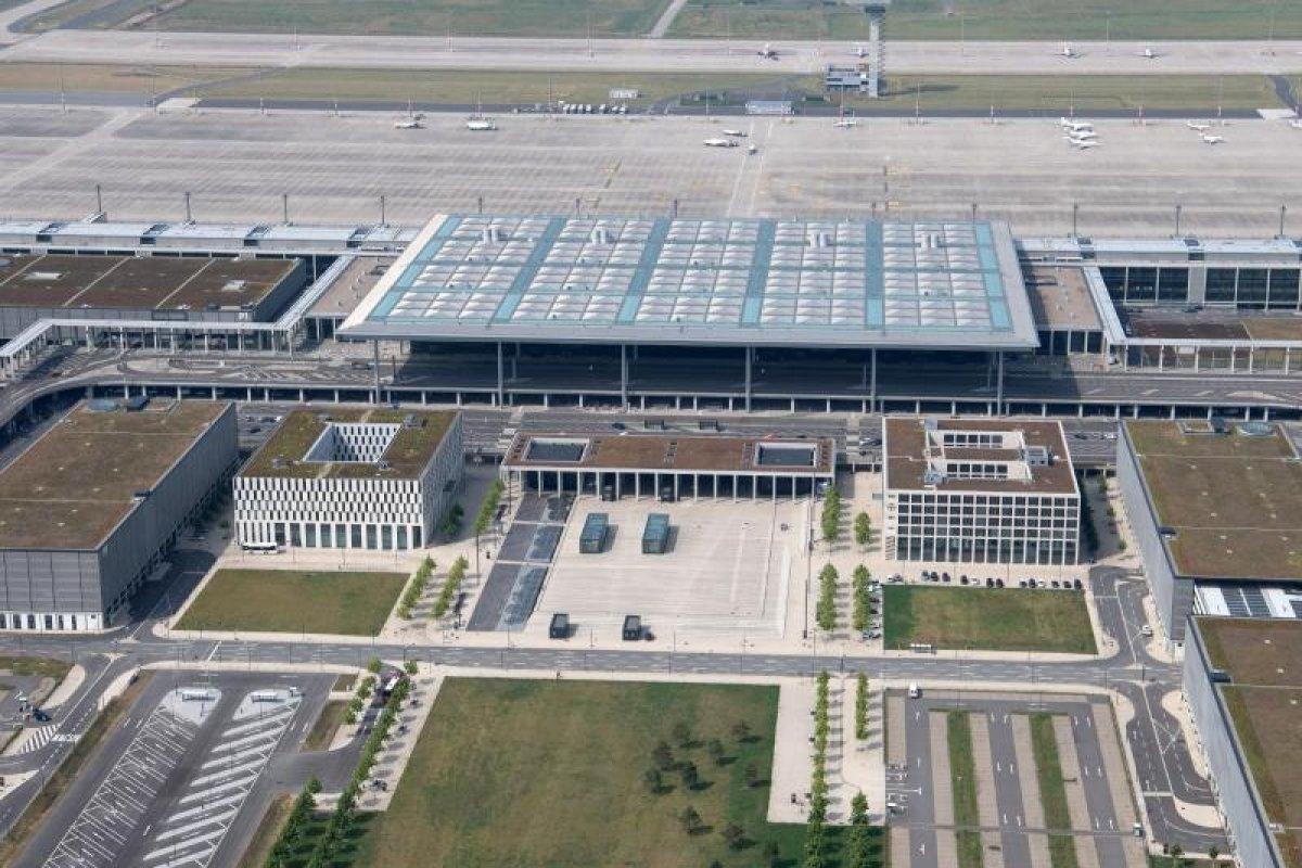 Flughafen BER: Betreiber prüfen Beschränkung von Früh-Flügen