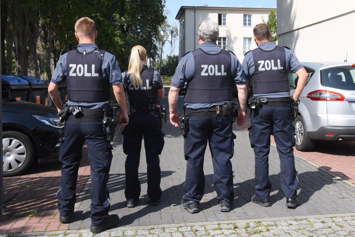 Schwarzarbeit in Berlin: Riesen-Razzia gegen Menschenhandel im Baugewerbe
