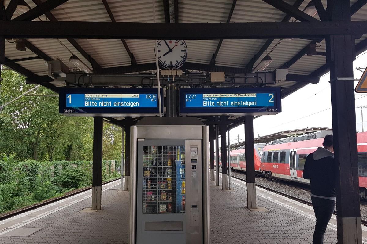 Zwischen Zoo Und Hauptbahnhof Keine Regionalzüge Kein