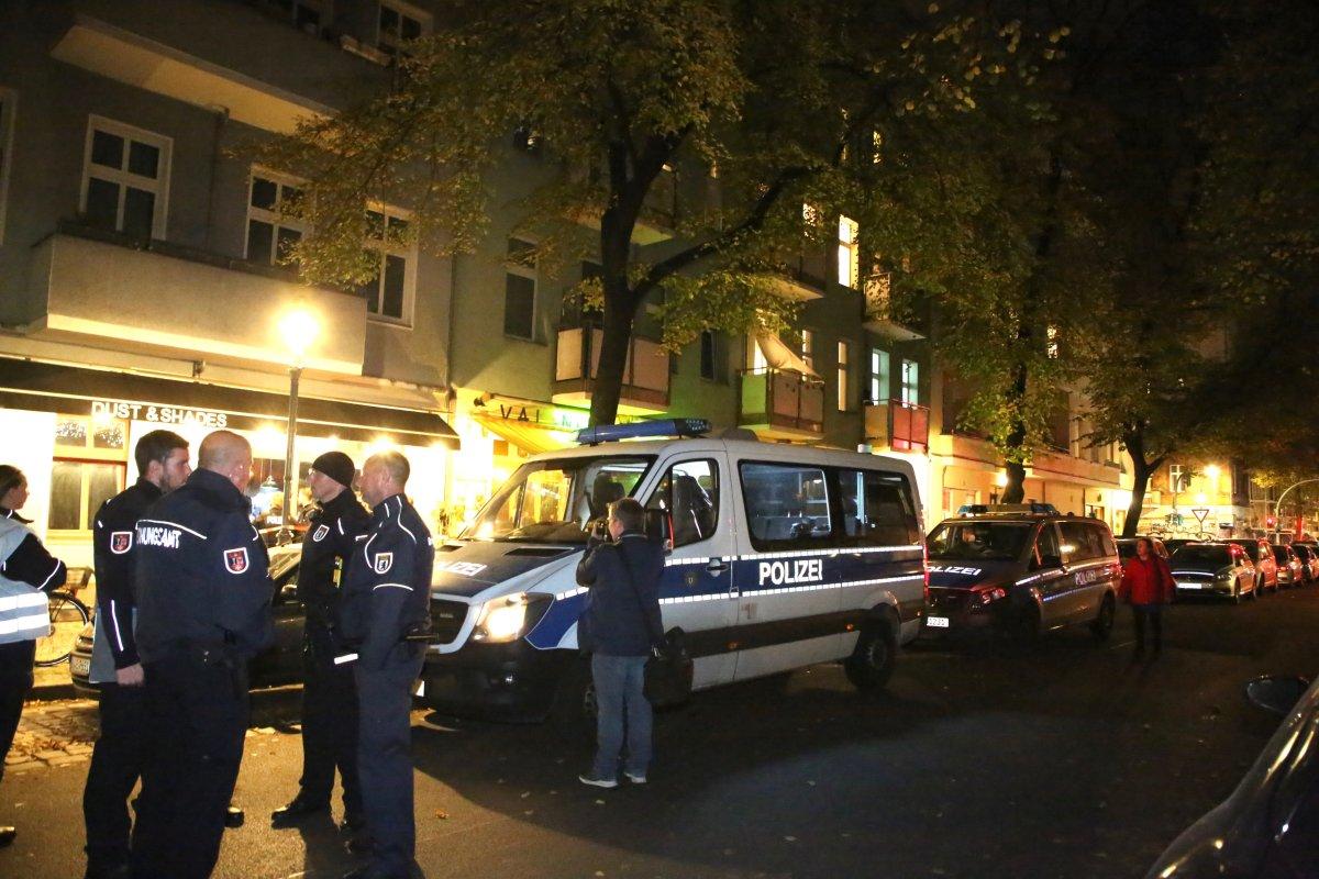 Kriminelle Clans in Berlin: Polizei kontrolliert Cafés und Shishabars