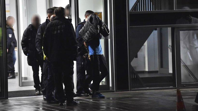 Berlin: Sohn von Ex-Bundespräsident von Weizsäcker in Klinik erstochen – Mordkommission ermittelt