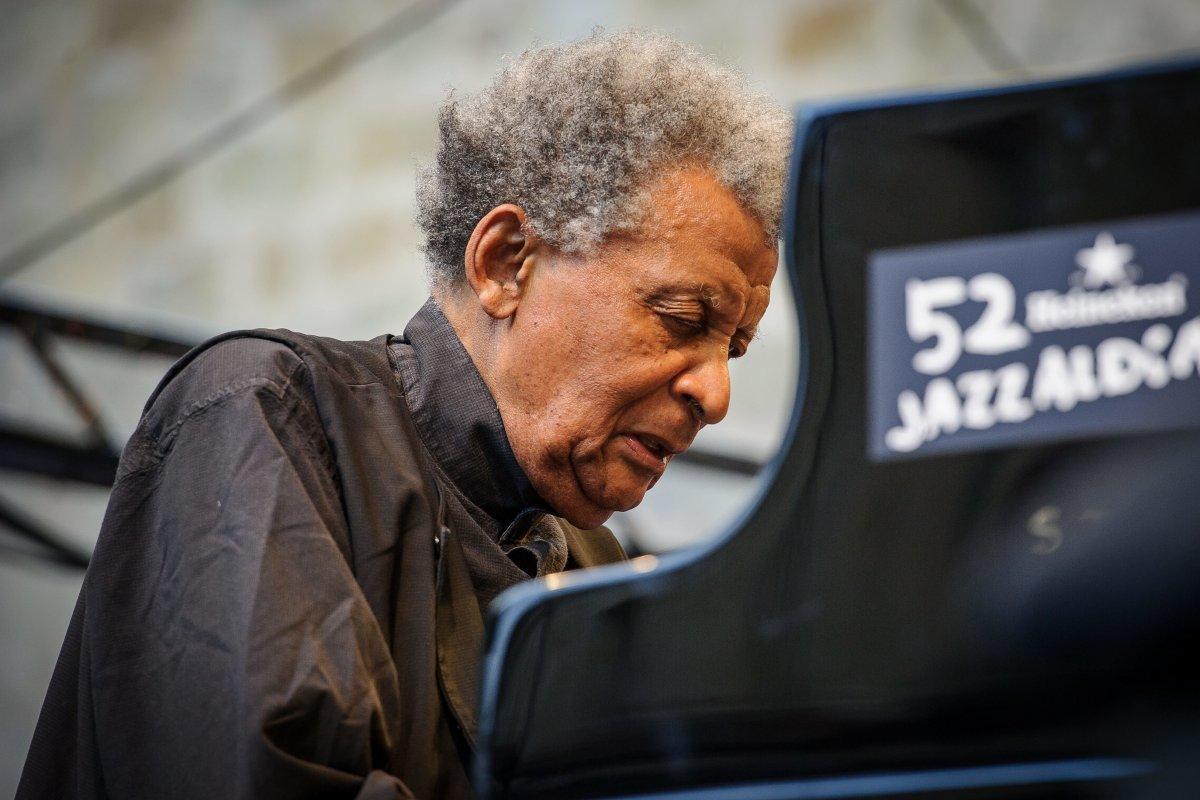 Philharmonie Berlin: Jazz-Ikone Abdullah Ibrahim (85) verzaubert sein Publikum