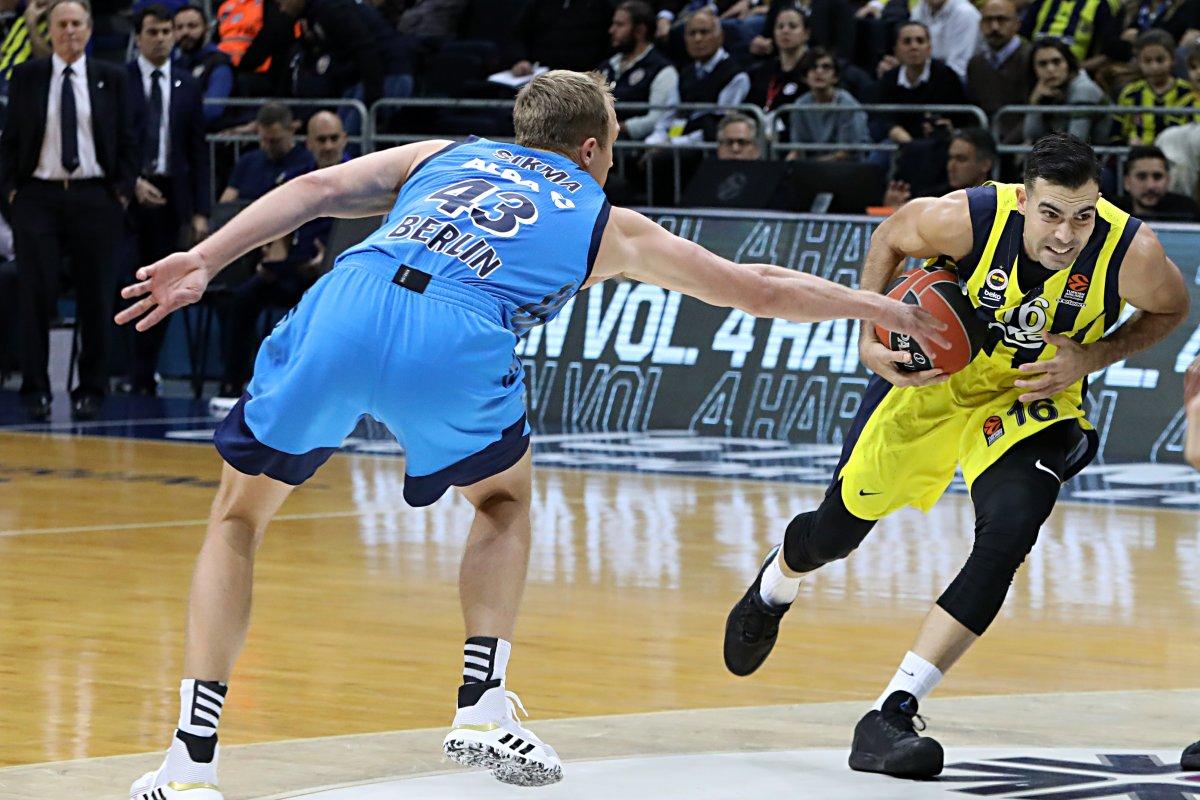 EuroLeague: Alba Berlin gegen Fenerbahçe Basketball live im TV & Ticker