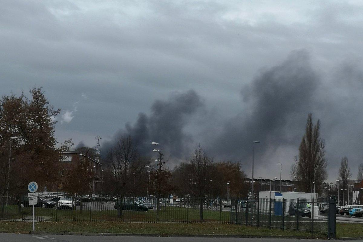 Rauchwolke über Spandau, Feuer auf Gelände von Heizkraftwerk