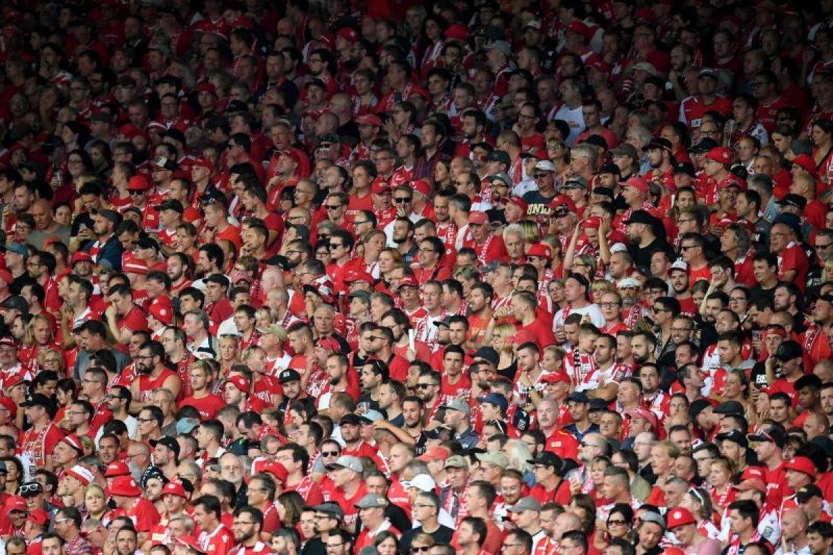 Trauer und Schweigen: Union-Anhänger protestieren gegen RB