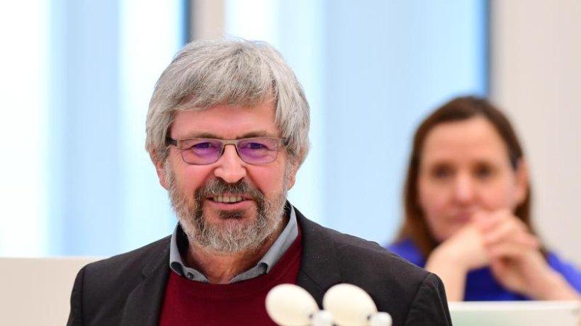 Umweltminister Vogel will keine Bogenjagd gegen Wildschweine