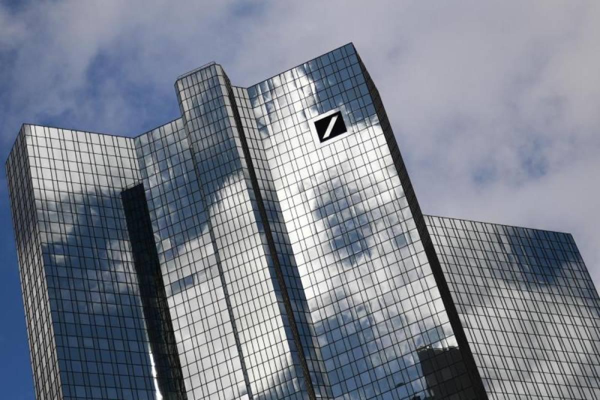 Reaktion Auf Corona Deutsche Bank Schrumpft Filialnetz Berliner Morgenpost