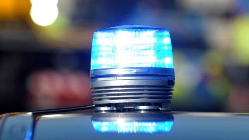Friedrichsfelde: Flüchtiger Autofahrer verletzt Polizisten
